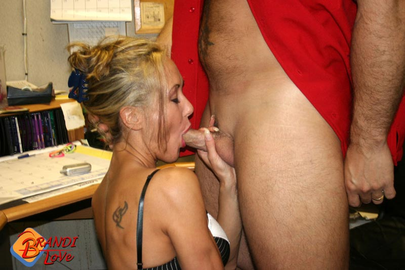 Wife gives loving blowjob