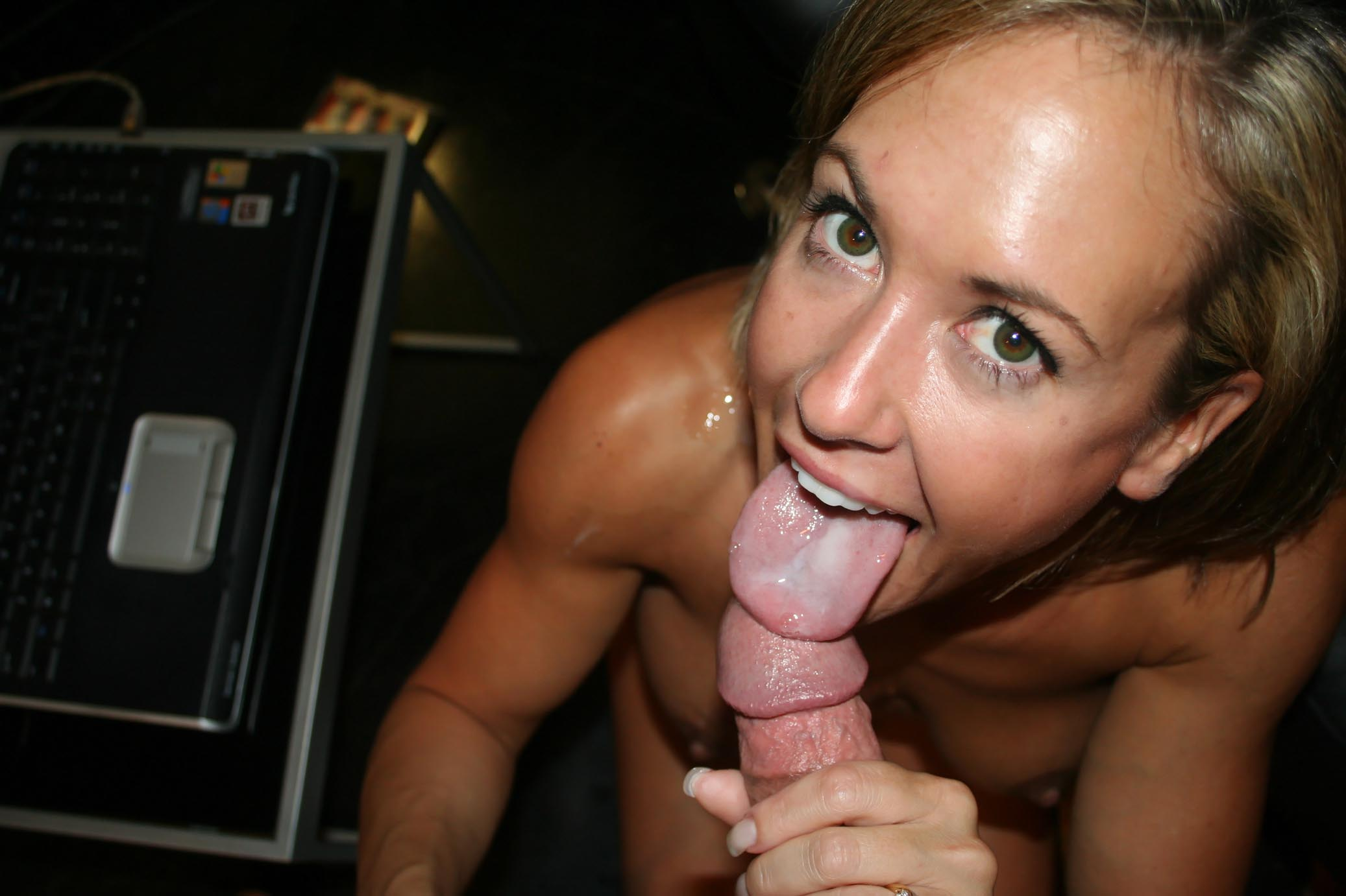 Plump deepthroat video