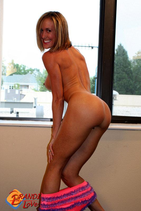 Sexy big booty latina moms